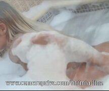 Mia Linz fazendo sexo